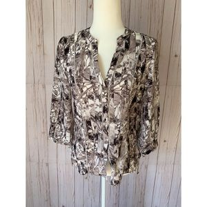 H&M Printed button you blouse, 3/4 sleeve size 6